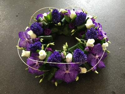 FRESH AND LUSH PURPLE AND VIOLET WREATH
