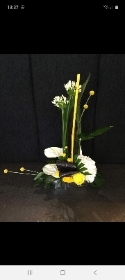 GORGEOUS YELLOW AND WHITE EXPLOSION ARRANGEMENT