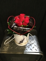 Gorgeous black marble hat box with 6 red roses